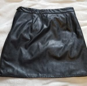 H&M Faux Leather Mini Skirt Size 8